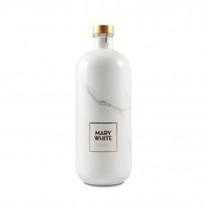 101812_mary-white_vodka_700.jpg